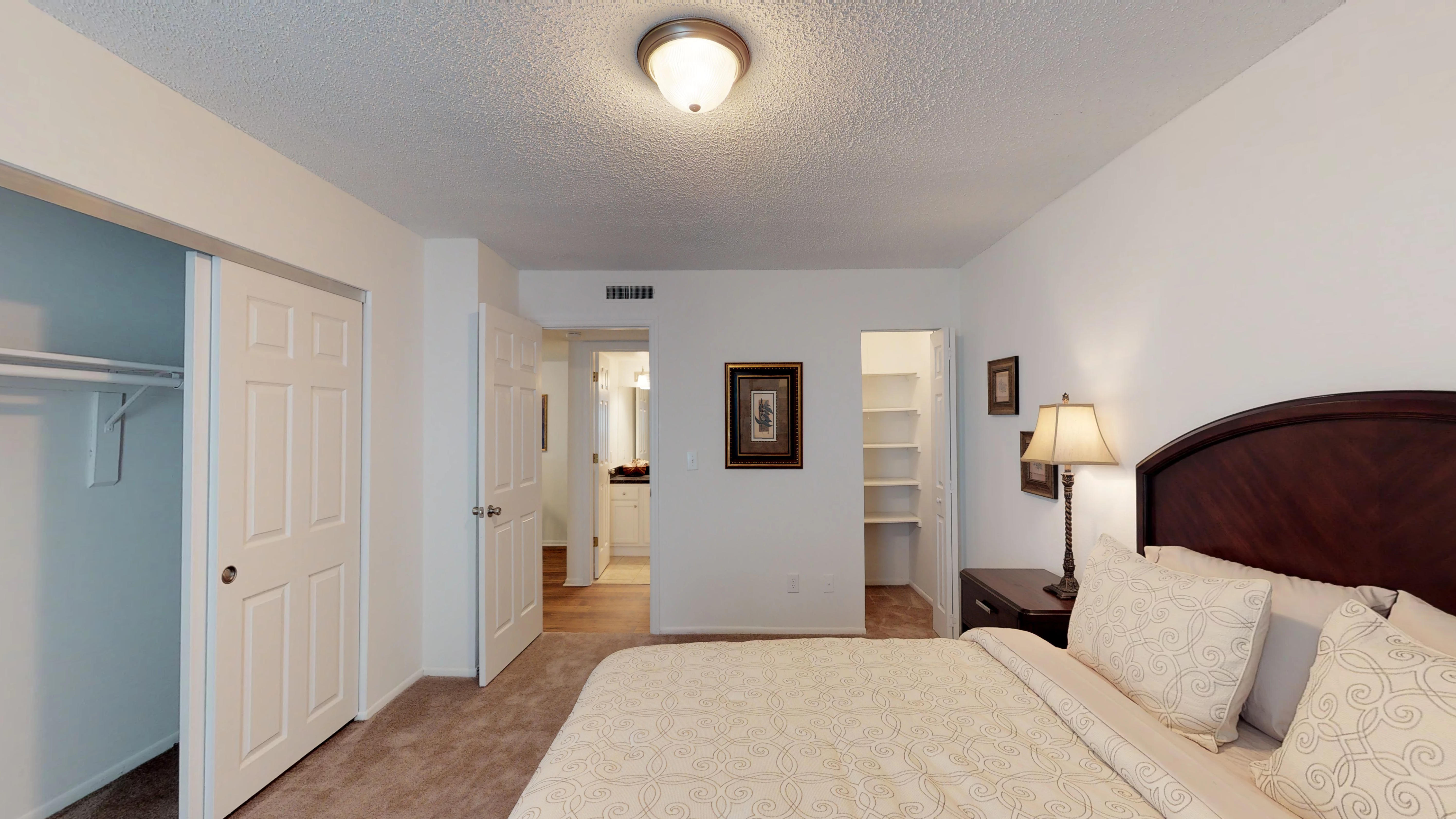 Woodlake-Villas-1-Bed-1-Bath-706B-07202018_092049